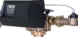 Клапан управления умягчителем непрерывного действия по расходу Fleck 9500/1700 SXT 1,5″ 4C/10/2