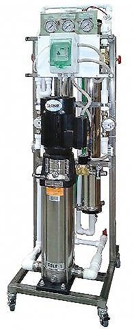 Установка обратного осмоса Гейзер RO 02×4040 LW вертикальная с гидропромывкой